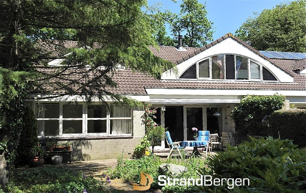 Oriental House in Bergen, Ferienhaus mit schönem Garten