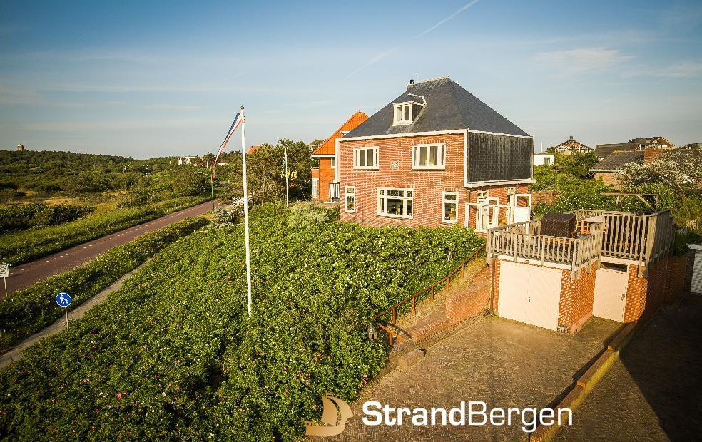 't Sterntje Bergen aan Zee, historisches Ferienhaus hoch oben auf einer Düne