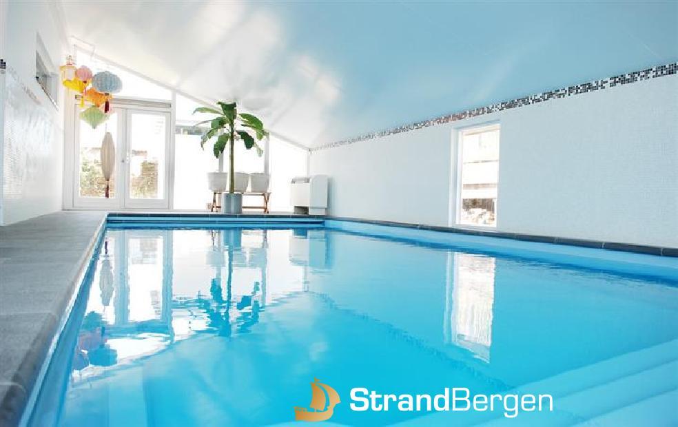 Villa By the Sea, moderne Strandvilla mit Indoor Schwimmbad in Bergen aan Zee